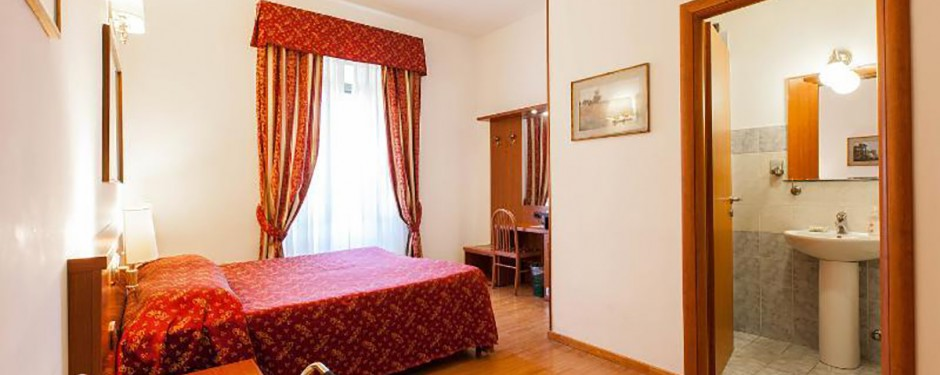 B&B Domus Appia 154   Bed and Breakfast Roma