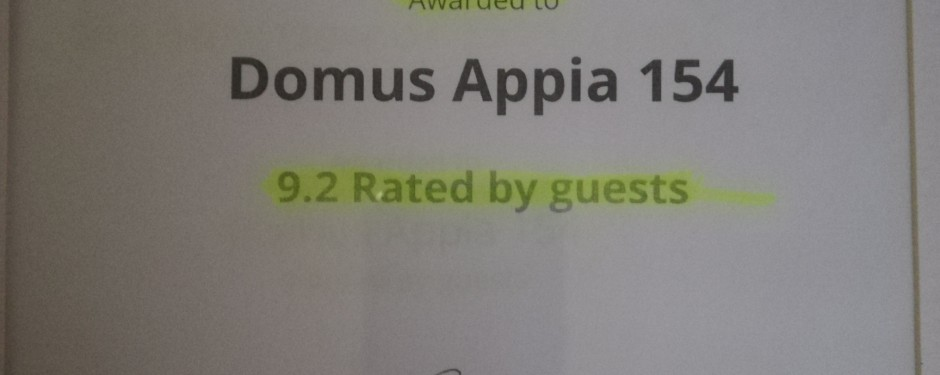 HotelsCombined recognizes Domus Appia 154 amongst the best hotels in Italy.